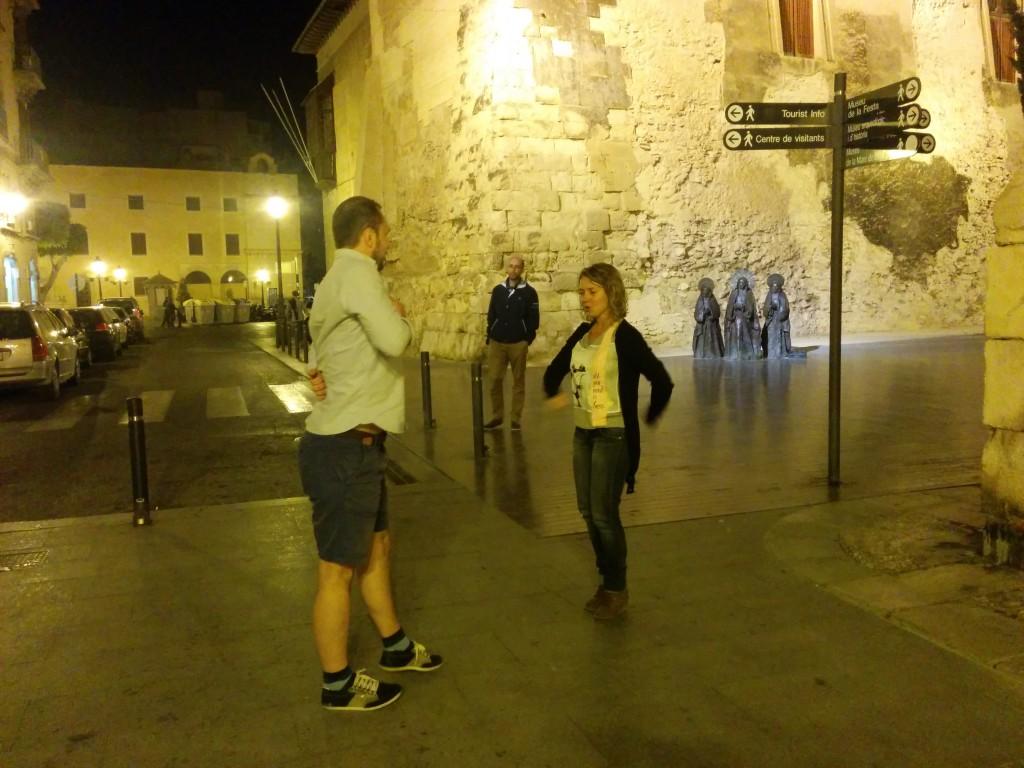 Fátima Navarro teaching Georgi Makaradzhiyski a Spanish dance.